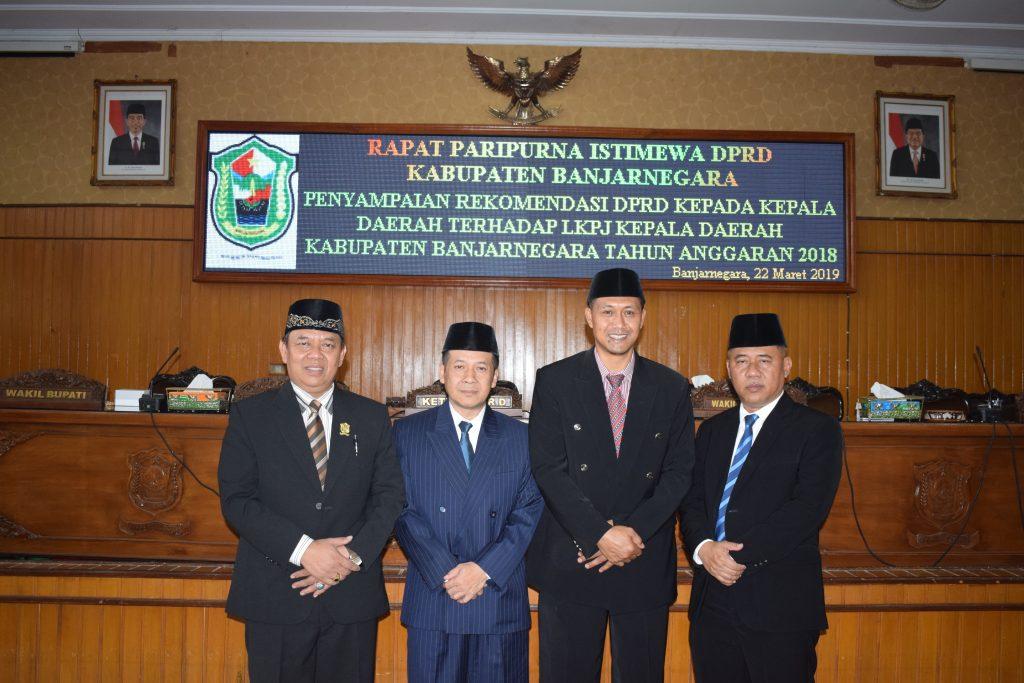 Pimpinan DPRD