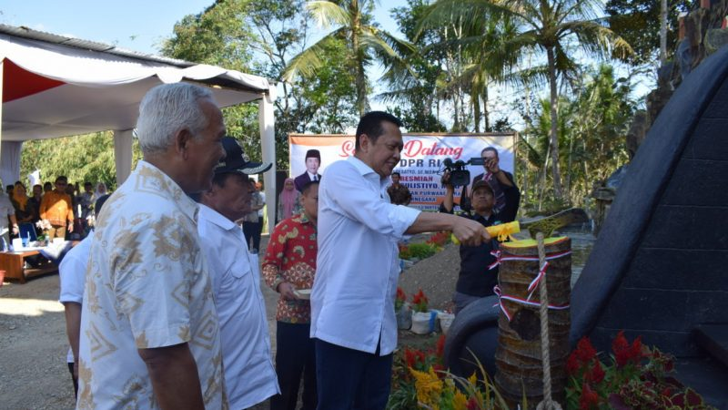 Ketua DPR RI Resmikan Monumen DR. Sulistiyo,M.Pd
