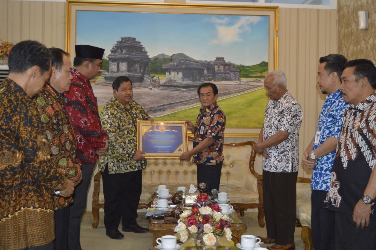 Kabupaten Banjarnegara terima Piagam WTP