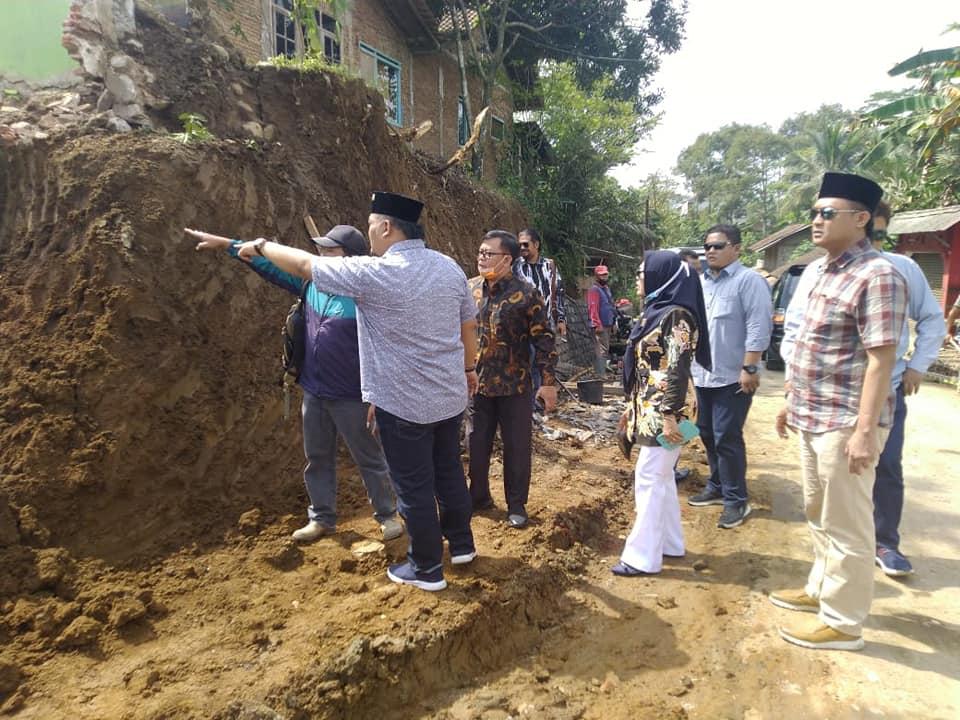 Monitoring Evaluasi Pembangunan